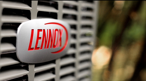 Image of a Lennox sign on an air conditioning unit